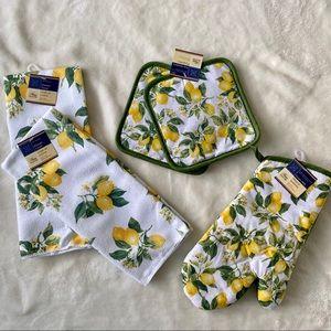 Lemon Kitchen Towel & Potholder Set NWT